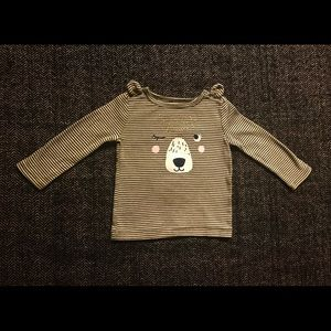 4 for $20. Carters teddy T-shirt size 18m
